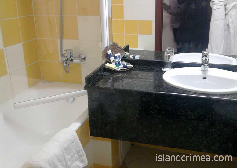 """Отель """"Тысяча и одна ночь"""", Standart Twin, ванная комната"""