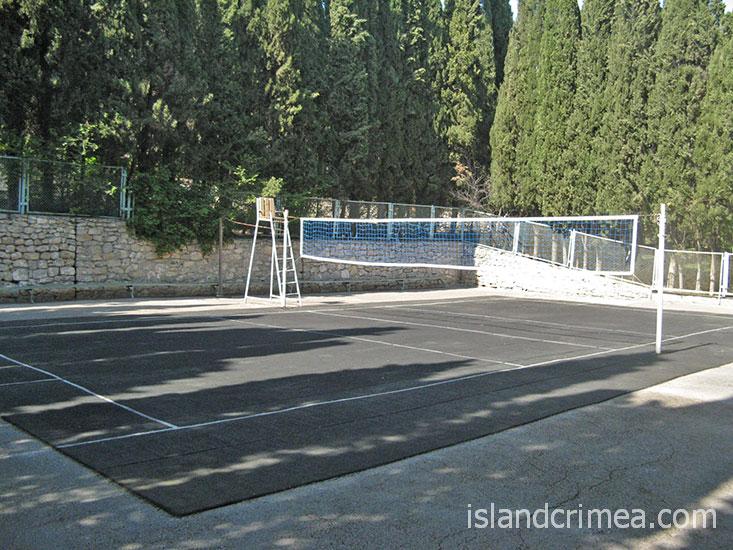 """Санаторий """"Днепр"""", волейбольная площадка."""