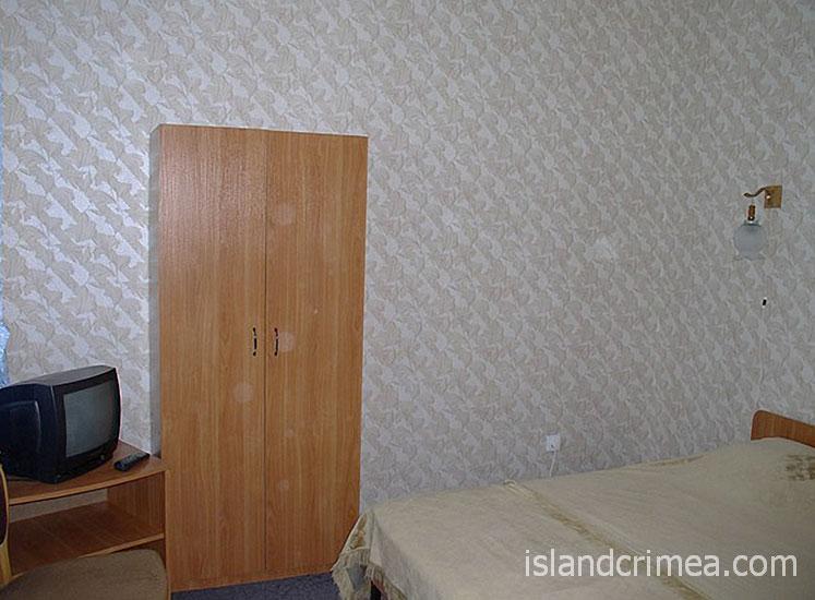 Евпаторийский детский клинический санаторий, двухкомнатный, спальня корпус 5