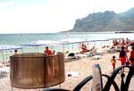 """Гостиница """"Медведь"""", пляж"""