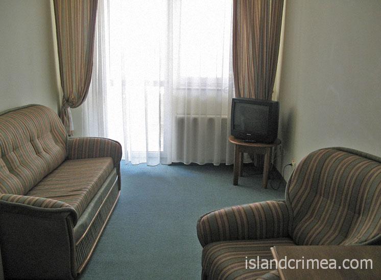"""Отель """"Форум"""", гостиная люкса"""
