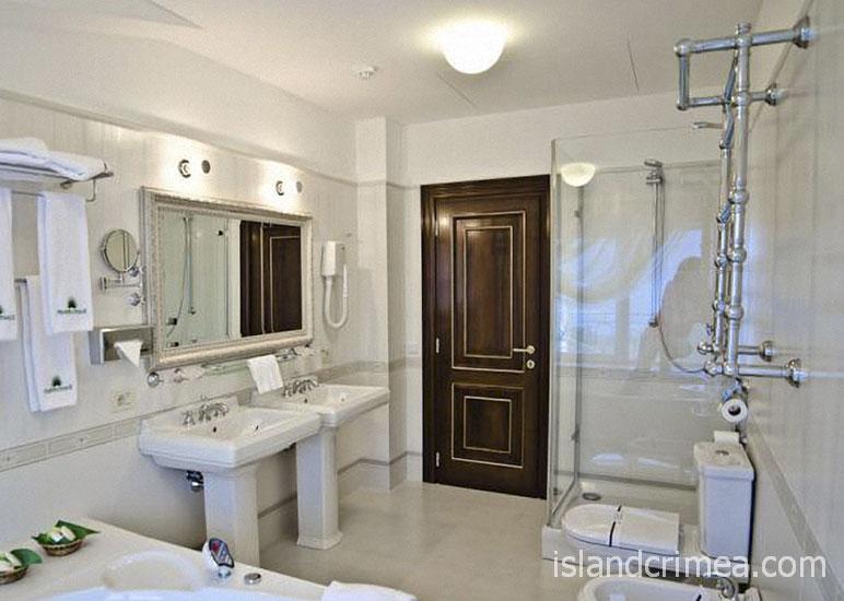 """Курорт-отель """"Пальмира-Палас"""", апартаменты Брюссель, санузел"""