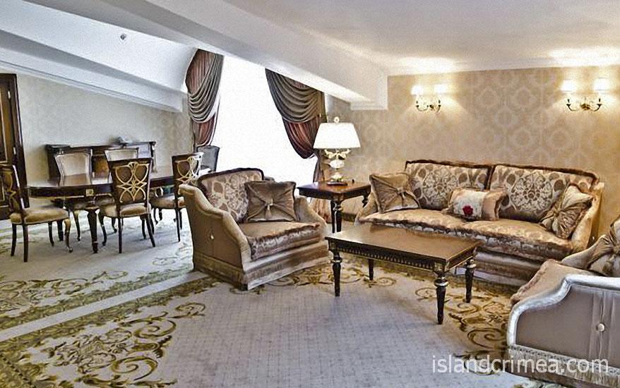 """Курорт-отель """"Пальмира-Палас"""", апартаменты Милан, гостиная"""
