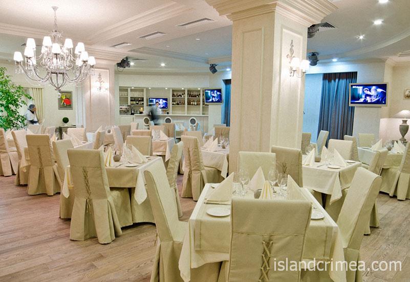 """Ресторан """"Макраме"""" курорт-отеля """"Пальмира-Палас"""""""