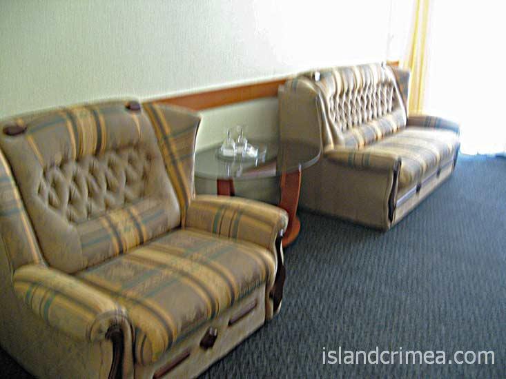 """Отель """"Норд"""", двухкомнатный люкс."""