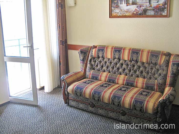 """Отель """"Норд"""", трехкомнатный люкс семейный."""
