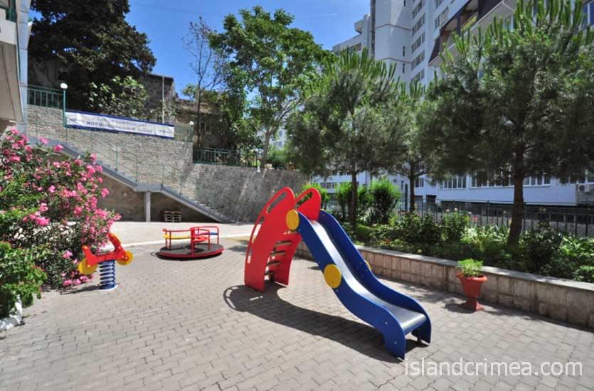 """Отель """"Норд"""", детская площадка."""