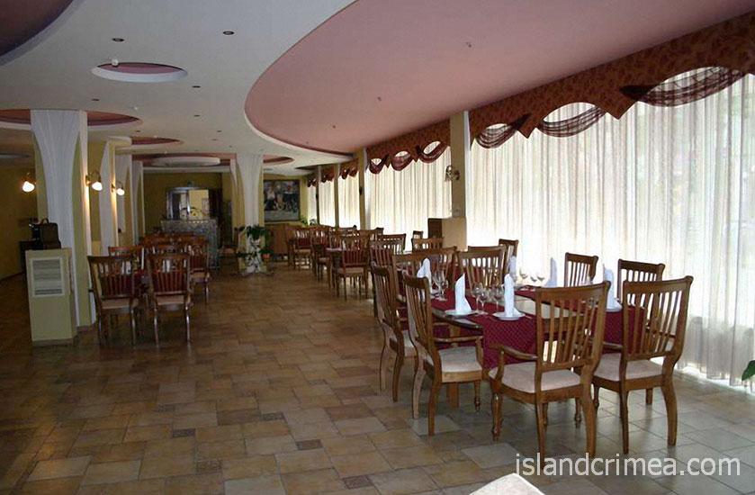 """Отель """"Атлантик"""", ресторан"""