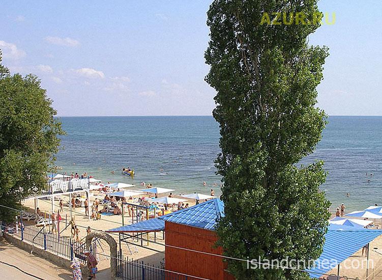 """Отель """"Атлантик"""", вид на пляж"""