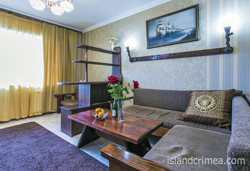 """Курортный отель """"Бастион"""", корпус 1, двухкомнатный номер люкс"""