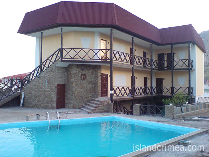 "Курортный отель ""Бастион"", корпус 3 и бассейн"
