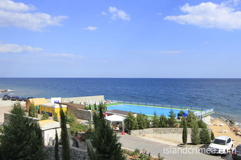 """Отель """"Морской"""", открытый бассейн."""