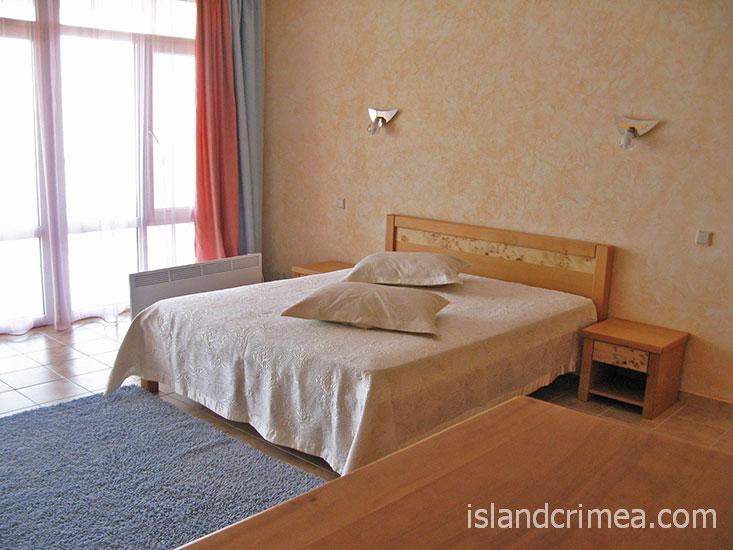 """Отель """"Морской"""", однокомнатный люкс."""