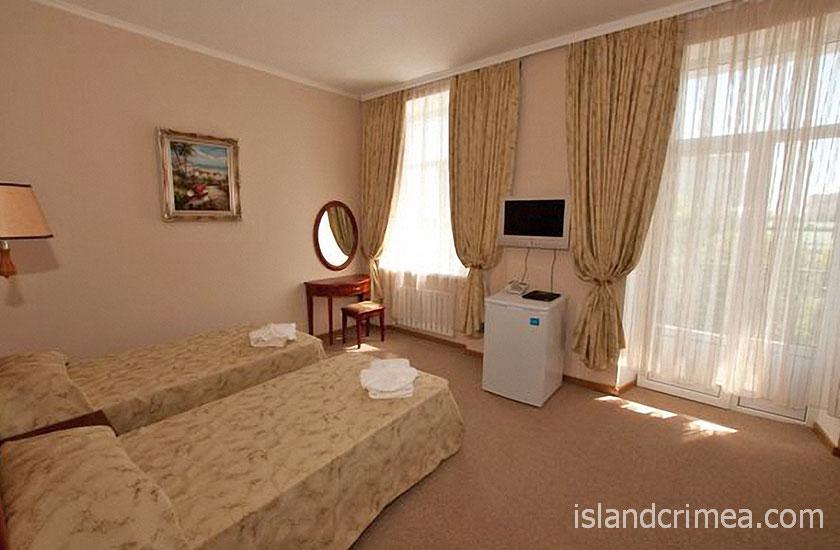 "Отель ""Ukraine Palace"", двухместный номер стандарт"