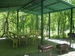 """Пансионат """"Ай-Лия"""", место для приготовления шашлыка возле реки"""