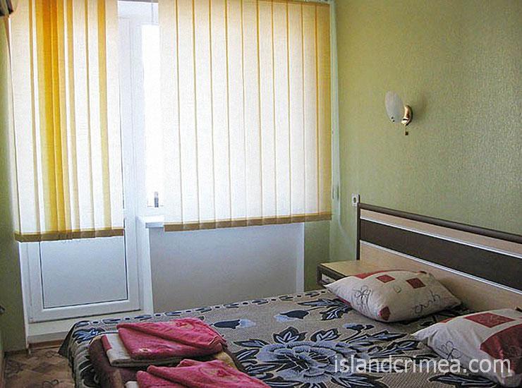 """Пансионат """"Черноморский"""", спальня двухкомнатного номера"""