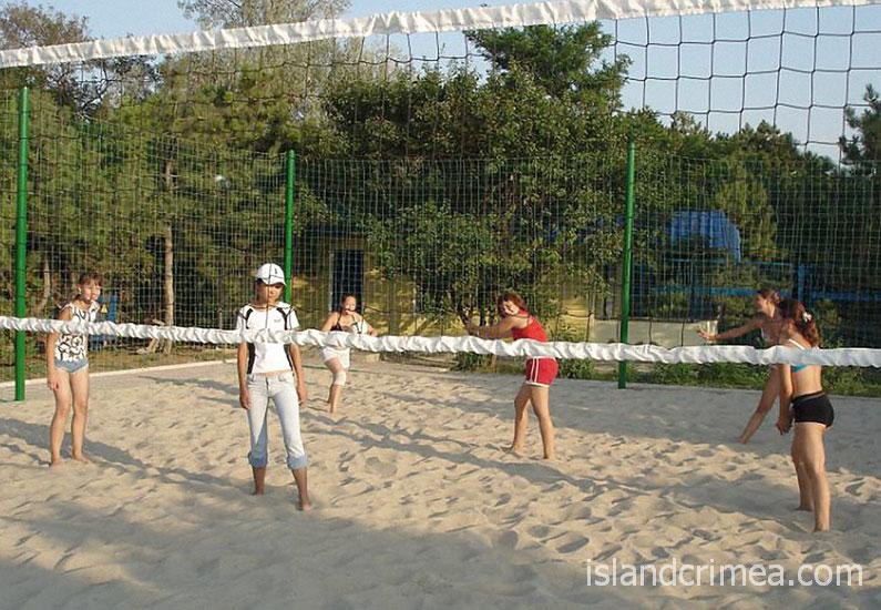 """Пансионат """"Лучезарный"""", пляжный волейбол"""