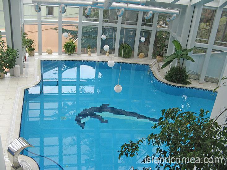 """Пансионат """"Море"""", крытый бассейн в SPA-комплексе."""