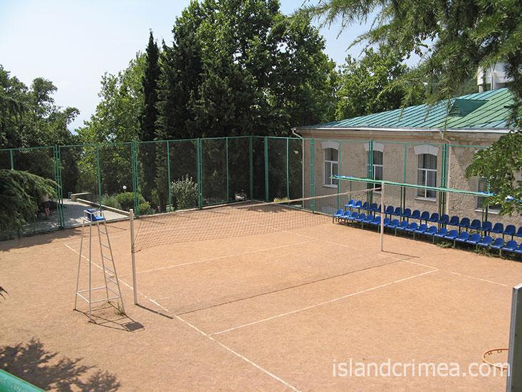 """Санаторий """"Пограничник"""", теннисный корт."""