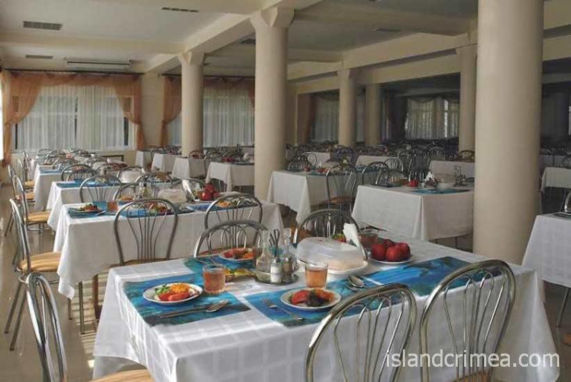 """Курортный комплекс """"Ripario Hotel Group"""", столовая"""