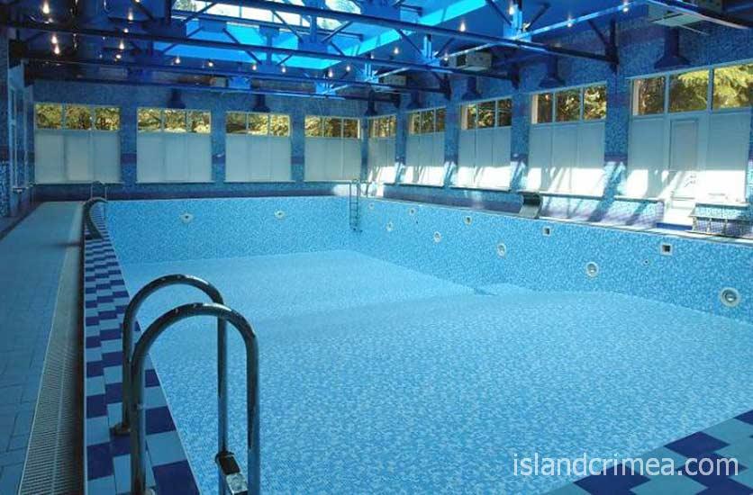 "Крытый бассейн курортного комплекса ""Ripario Hotel Group"""