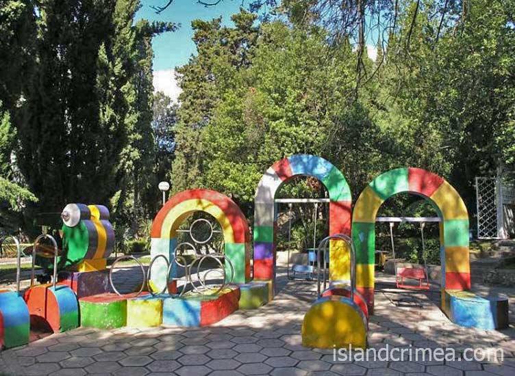 """Курортный комплекс """"Ripario Hotel Group"""", детская площадка"""