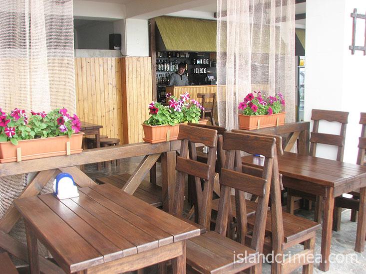 "Санаторий ""Россия"", кафе на пляже."