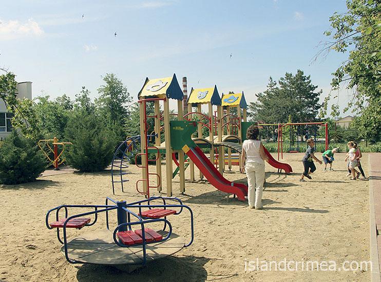 Санаторий имени Пирогова, детская площадка
