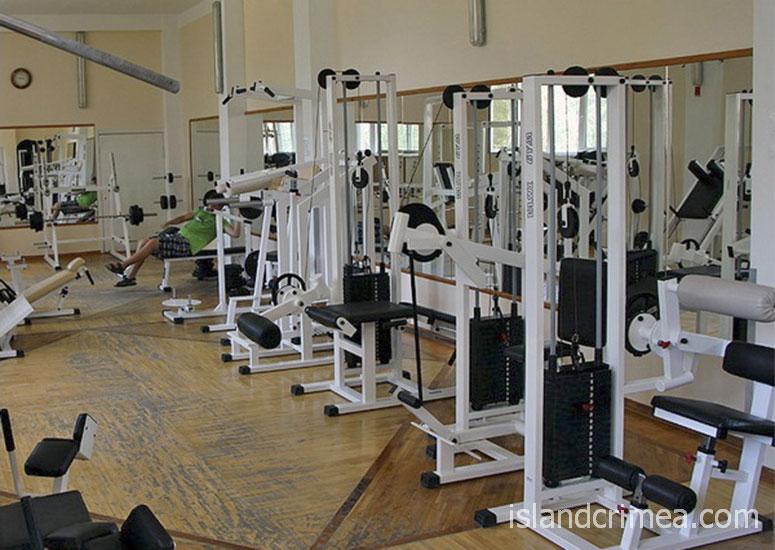 Тренажёрный зал в санатории имени Пирогова