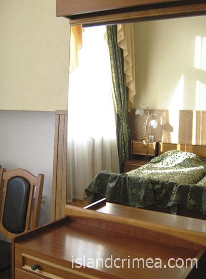 """Санаторий """"Белоруссия"""", корпус 1, джуниор сьюит, спальня"""