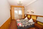 Санаторий Гурзуфский, 2-х комнатный двухместный номер - спальная.