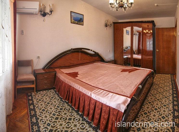 """Санаторий """"Орен-Крым"""", двухкомнатный люкс, спальня"""