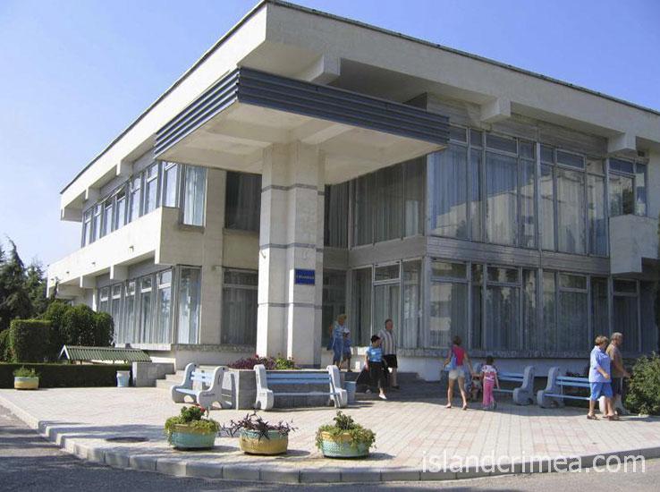 """Санаторий """"Орен-Крым"""", здание столовой"""