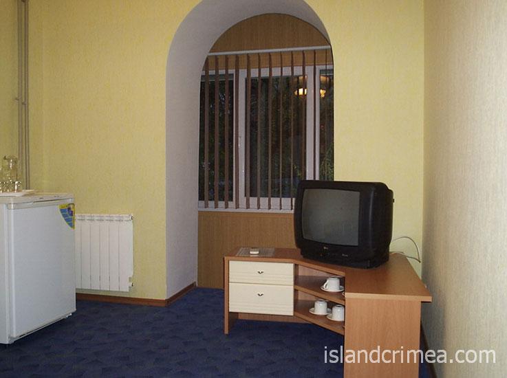 """Санаторий """"Орлиное гнездо"""", корпус 11, 2-комнатный номер ПК, гостиная"""