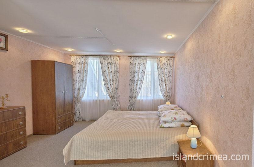 "Санаторий ""Полтава"", корпус 5, номер люкс, спальня"
