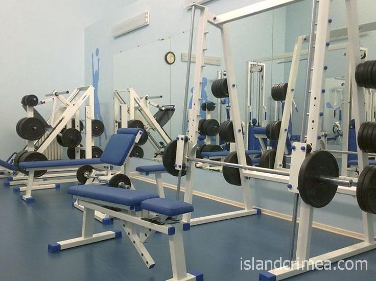 "Тренажёрный зал санатория ""Полтава"""