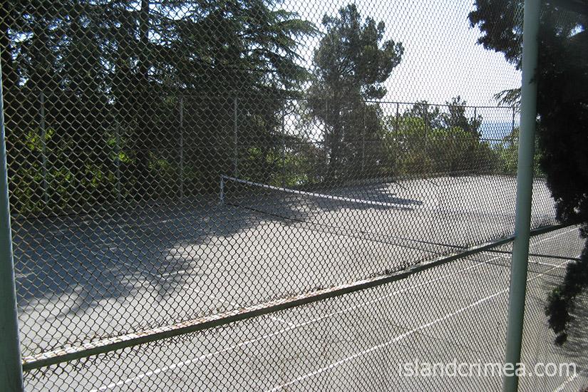 "Теннисный корт санатория ""Родина"""