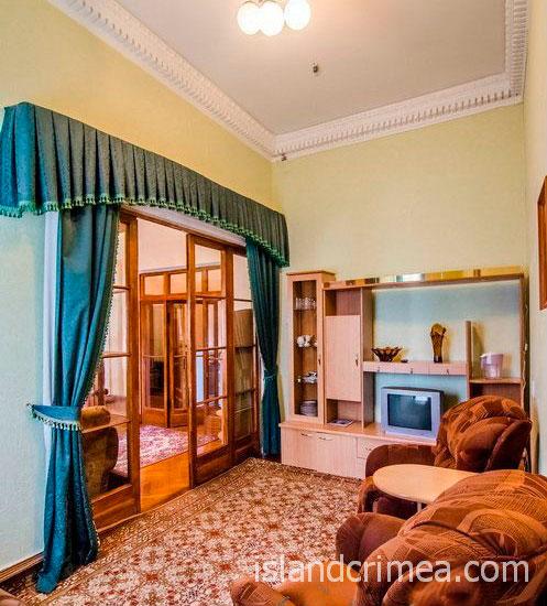 """Санаторий """"Родина"""", 2-комнатный ПК юг, гостиная, корпус 1"""