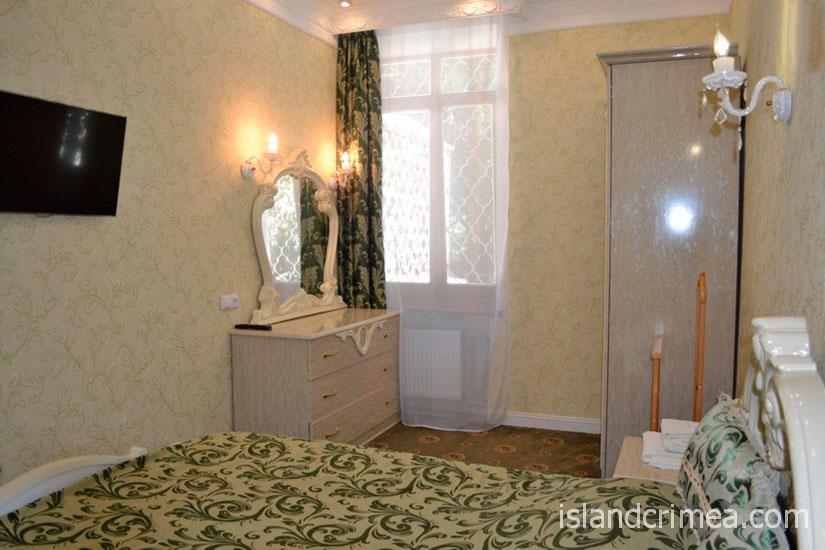"""Санаторий """"Родина"""", люкс № 16, спальня, корпус 1"""