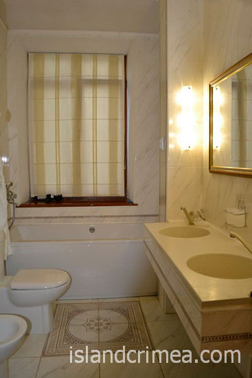 "Санаторий ""Родина"", люкс № 16, ванная комната, корпус 1"