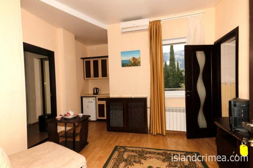 """Санаторий """"Узбекистан"""", 2-комнатный 2-местный люкс, мини-кухня, корпус 7"""