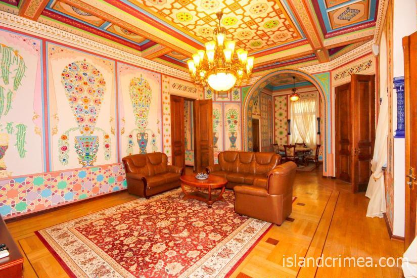 """Санаторий """"Узбекистан"""", 4-местные апартаменты, гостиная, 1 этаж, корпус 1"""