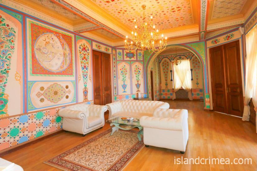 """Санаторий """"Узбекистан"""", 4-местные апартаменты, гостиная, 2 этаж, корпус 1"""