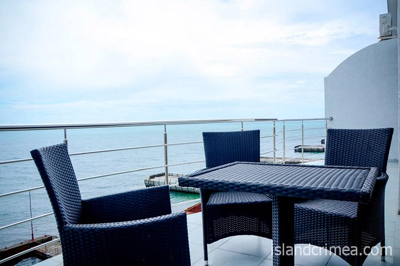 """Санаторий """"Сосновая роща"""", suite 2 SV, балкон"""