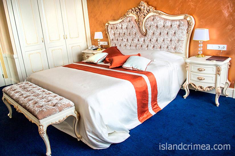 """Санаторий """"Сосновая роща"""", senior suite, спальня"""