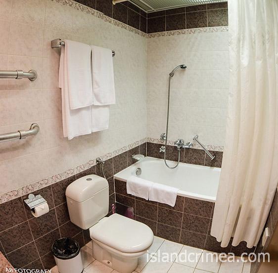 """Санаторий """"Сосновая роща"""", apartments big, ванная"""