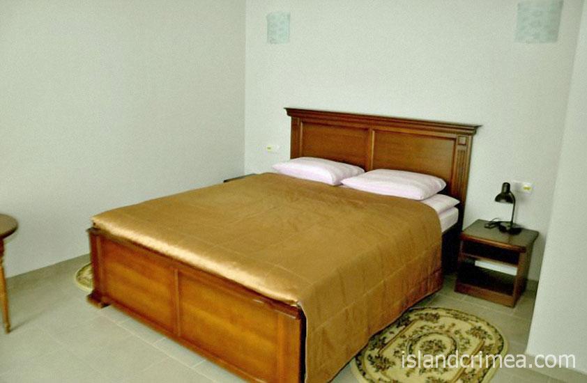 """SPA-отель """"Ливадийский"""", 2-х комн. делюкс, спальня."""