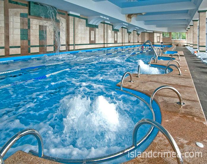 "SPA-отель ""Ливадийский"", крытый бассейн."