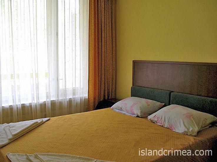 """ТОК """"Новый Свет"""", двухкомнатный люкс, спальня"""